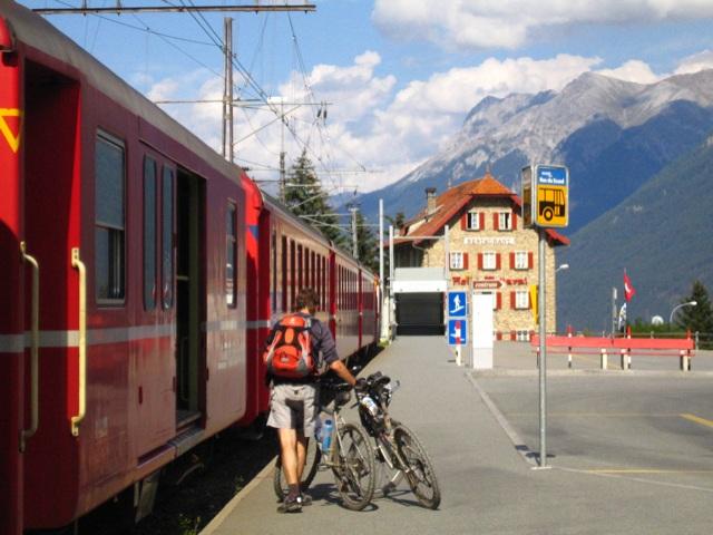 Bahnhof Scuol Bikeverlad